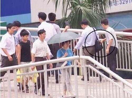 Foto Aksi Pencopet Di China Yang Terpotret Kamera - 13