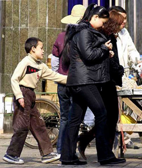 Foto Aksi Pencopet Di China Yang Terpotret Kamera - 18