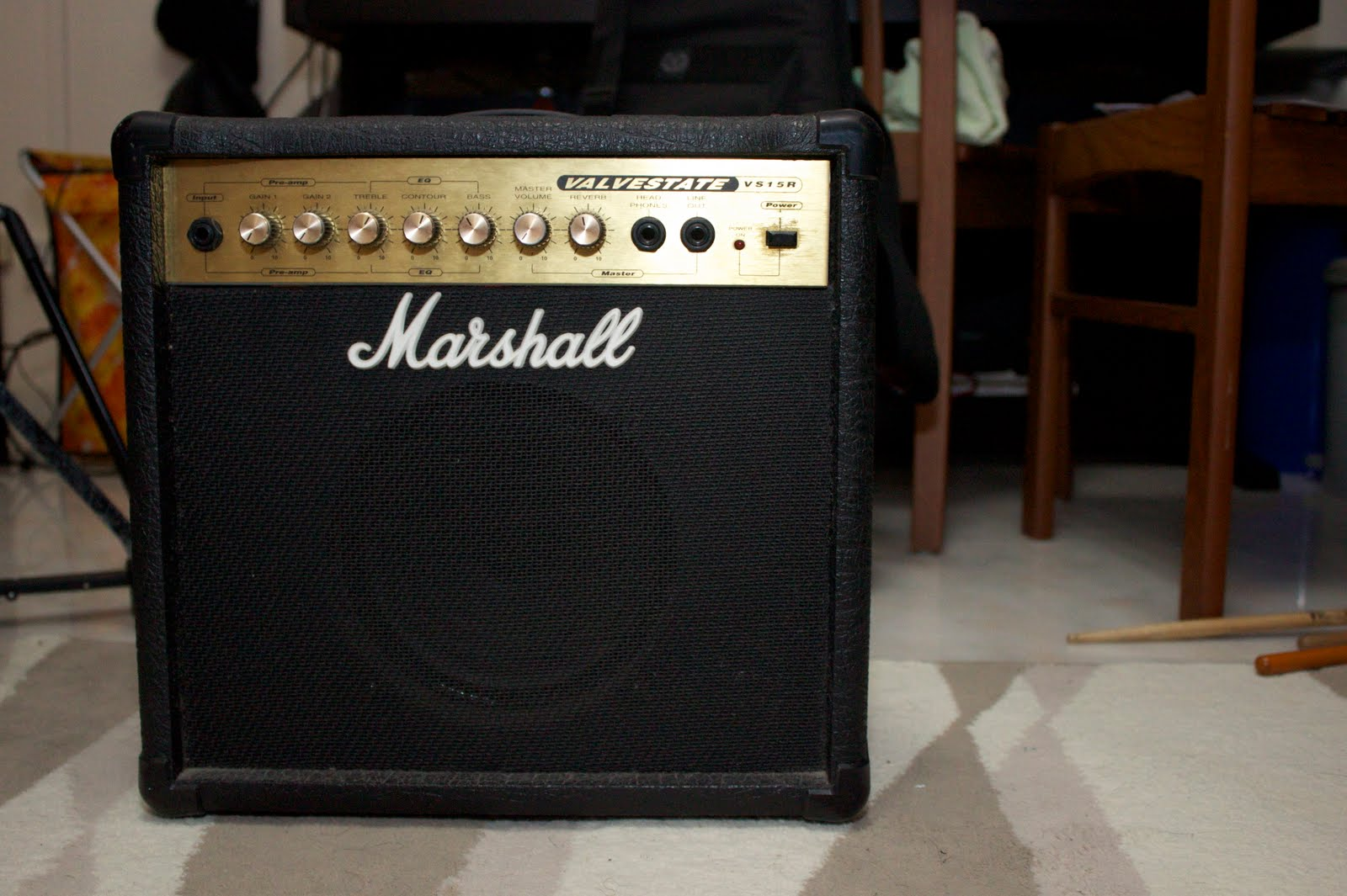 david 39 s chaotic cosmos for sale marshall bass and guitar amps 90 each. Black Bedroom Furniture Sets. Home Design Ideas
