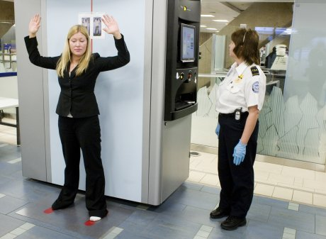 the la rochelle times new airport body scanners to. Black Bedroom Furniture Sets. Home Design Ideas