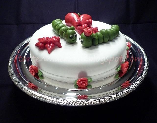 Die Tortenmacherin Meine Kleine Susse Raupe Torte Zum Valentinstag