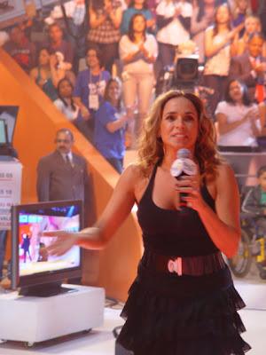 Daniela+Mercury - >Teleton 2009 no Twitter