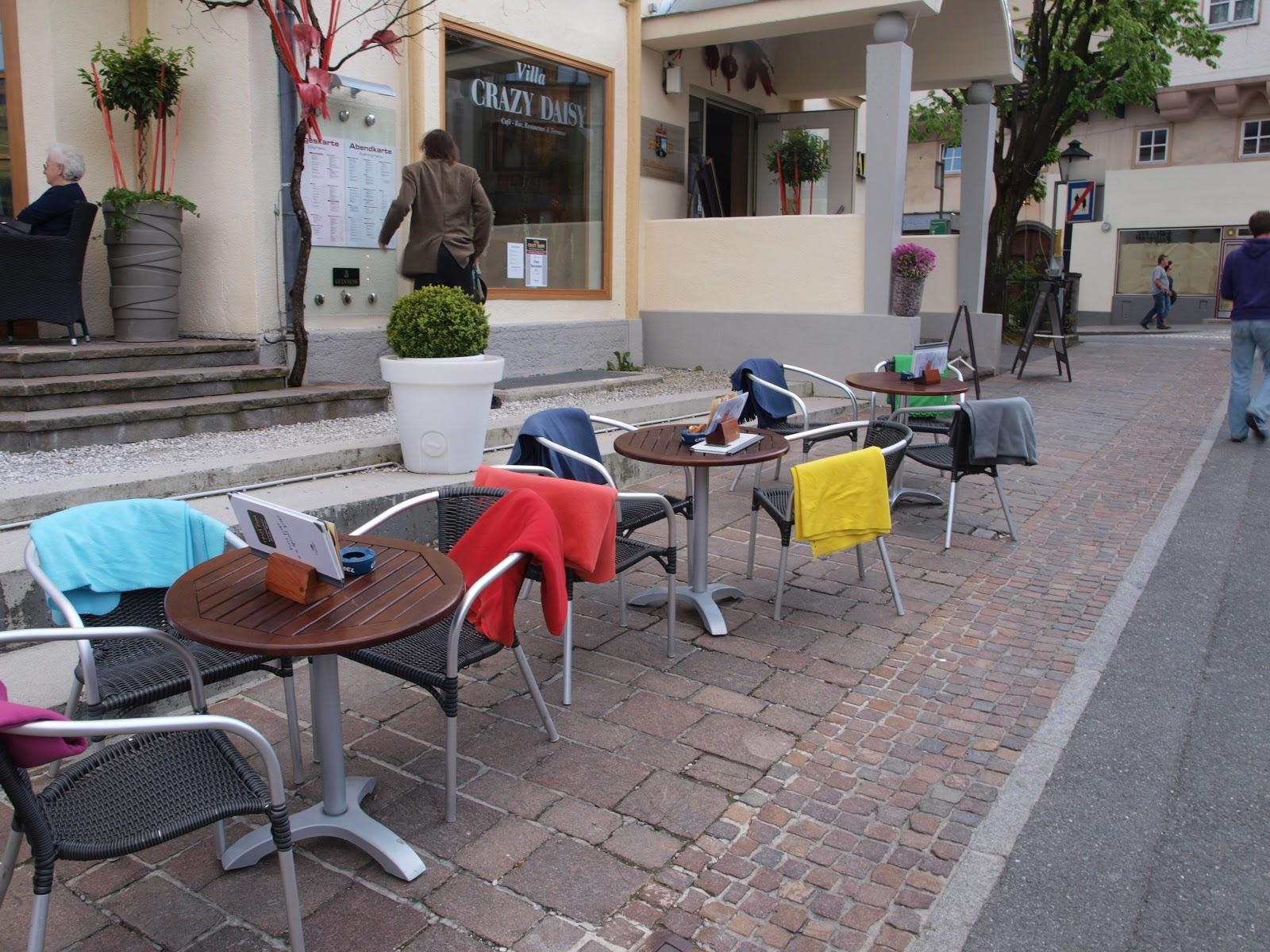 Cada silla con su manta