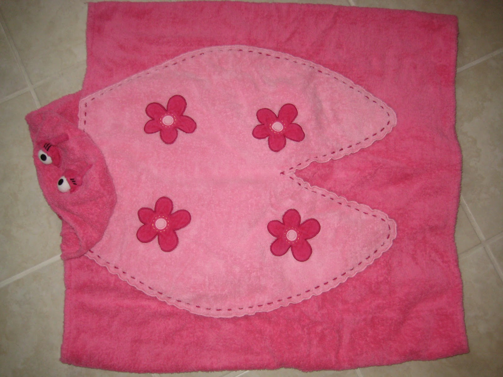 Kid S Clothes And More Store Girls Hooded Bath Towel Set