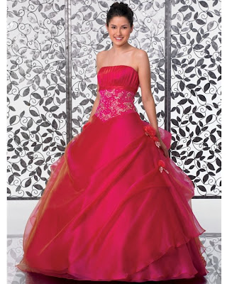d48ba2c38 Vestido de 15 años - Color Rojo   15 Años - Vestidos de 15 años ...