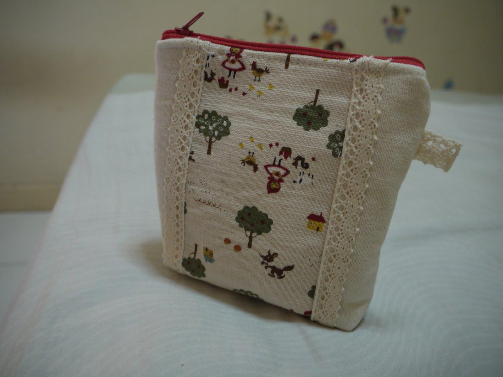 fabrics + sewing: 送給朋友的圣誕禮物-化妝包