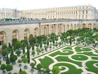 Paris france versailles the most famous garden in the world for Garden design versailles