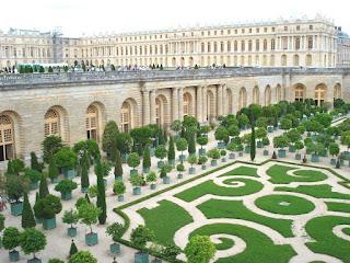 Paris france versailles the most famous garden in the world for Garden design versailles