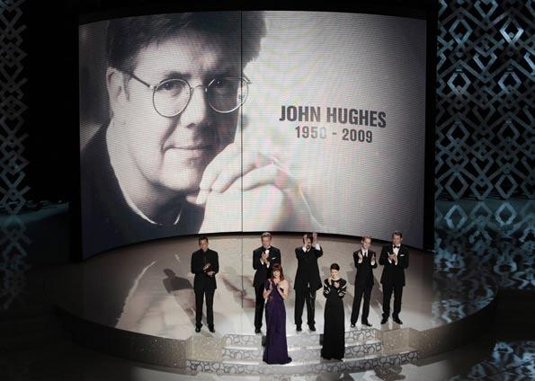 Um ano da morte do diretor John Hughes