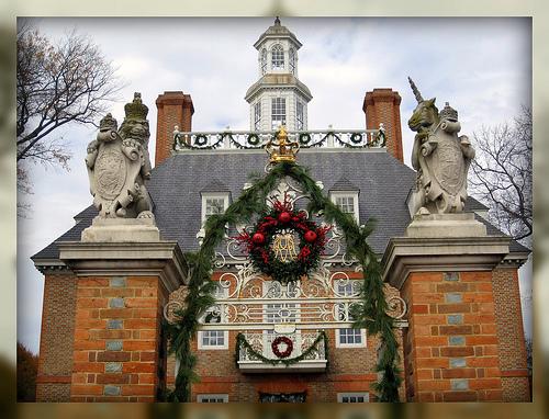 Living In Williamsburg, Virginia: Christmas Decorations At