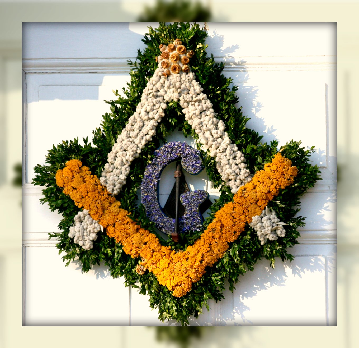 Williamsburg Christmas Decorating Ideas: Living In Williamsburg, Virginia: Masonic Temple's