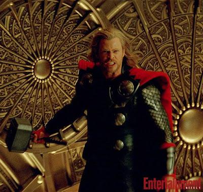 22045L - Nueva imagen de Thor, y la la del Cap en HQ.