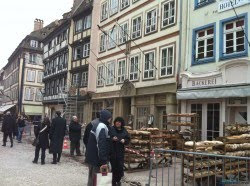 Sherlock Holmes 2 Tournage Strasbourg 15 250x186 - Fotos desde el set de Sherlock Holmes 2