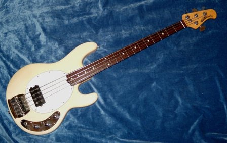 rex and the bass musicman month the stingray bass. Black Bedroom Furniture Sets. Home Design Ideas