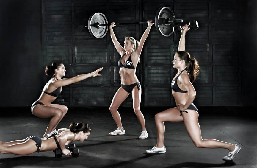 Fitness Models doing CrossFit