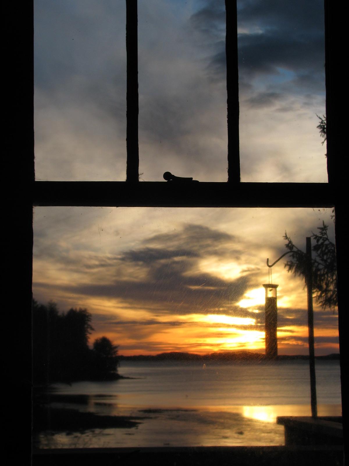 Twotongreenblog Sunset Through My Window