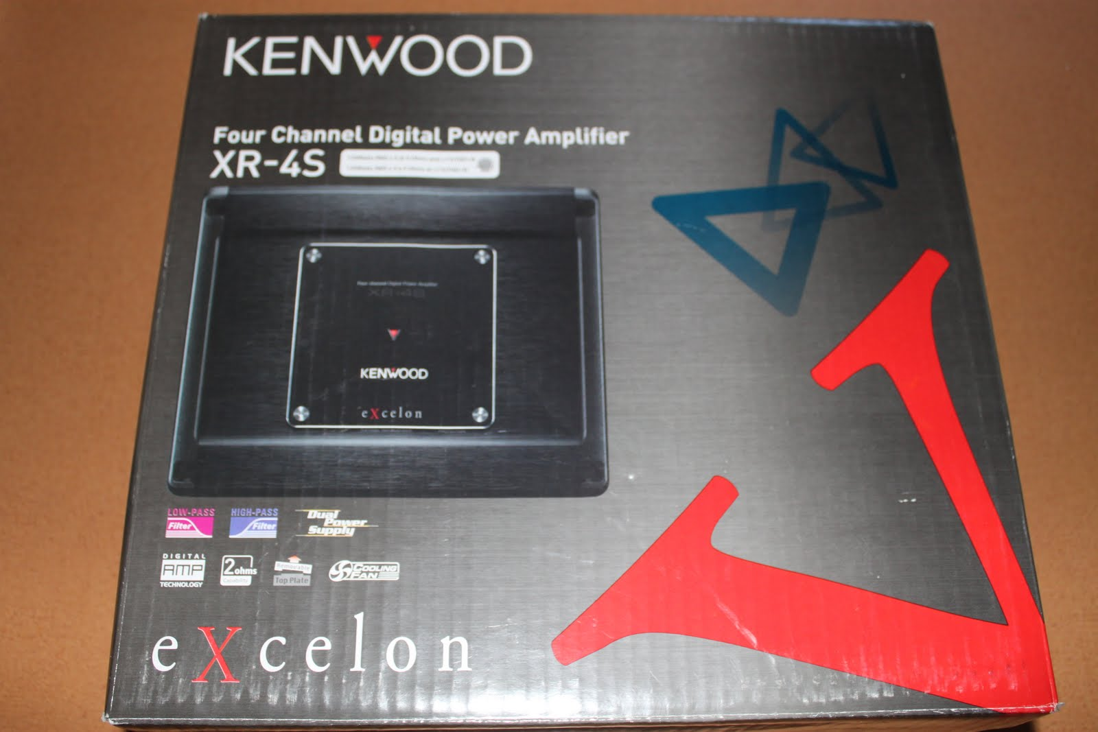 Unbox Kenwood Excelons Postmetro Excelon Kfc Xw10 Wiring Diagram Having Recently Reviewed Kenwoods X1200m And After Being So Impressed With It I Was