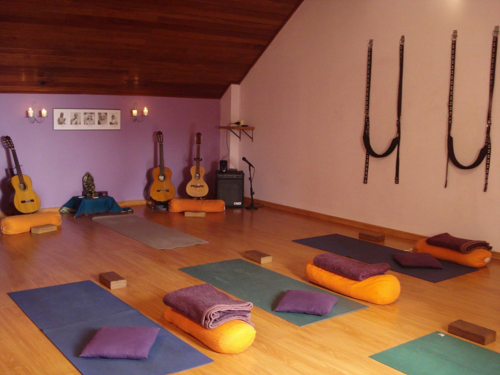 Keep om ))): Yoga Lounge - segunda edição