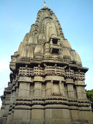 Beautifully carved Kalaram Temple in Nashik