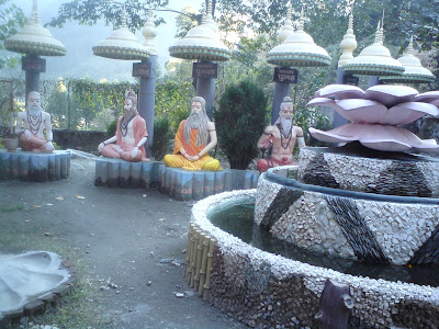Various sages of India - Pilot Baba Ashram