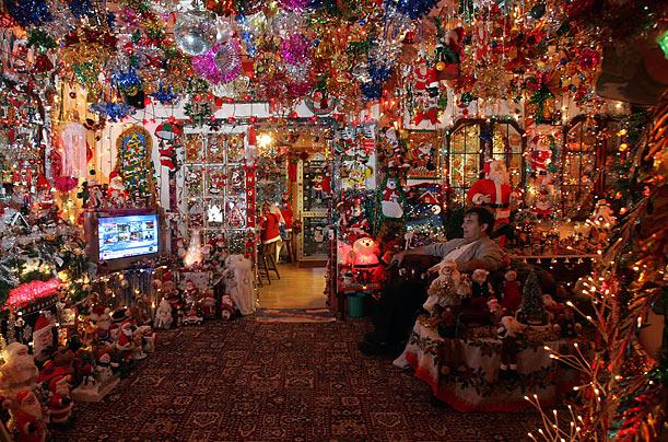 Ramblings 2010 Ugly Christmas Lights Festival