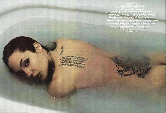 nude angelina jolie pics