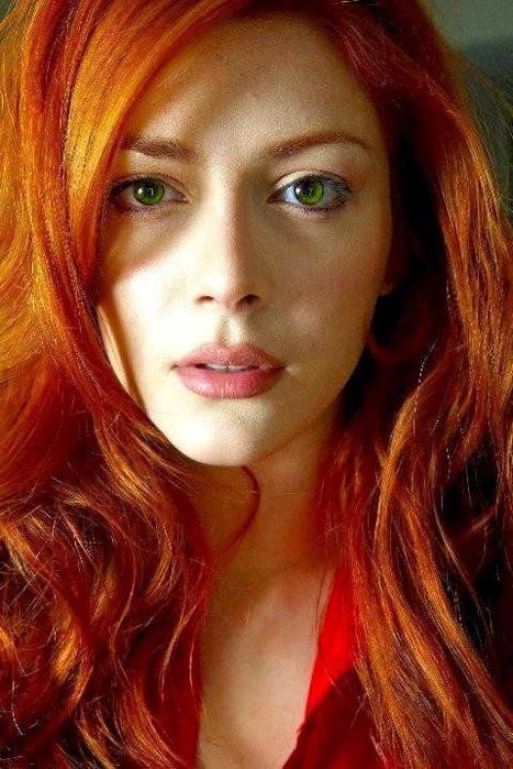 aboutnicigiri: Elena Satine