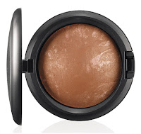 MAC In th Groove Mineralize Skinfinish COMFORT