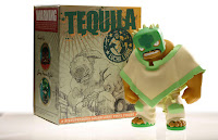 Muttpop - Tequila Vinyl Figure and Packaging