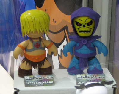 Mezco Toyz - Masters of the Universe He-Man and Skeletor Hand Painted Custom Mez-Itz Vinyl Figures