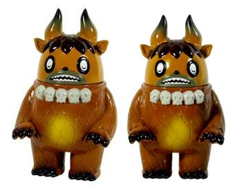 Designer Con Exclusive Brown Garuru Vinyl Figure by Itokin Park