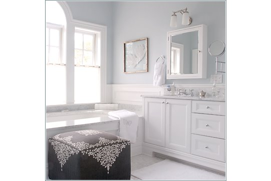 How to choose gray paint colors accent colors for - Accent color for gray and white bathroom ...