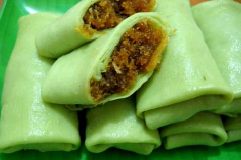 My Food-O-Pedia: Pandan Leaves, the Fragrant Screwpine