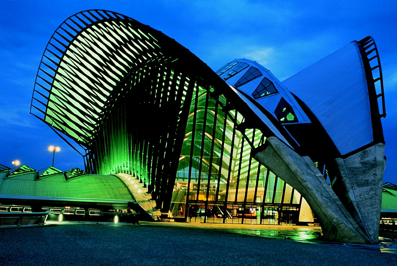 30 Of The Trippiest Buildings Around The World Matador