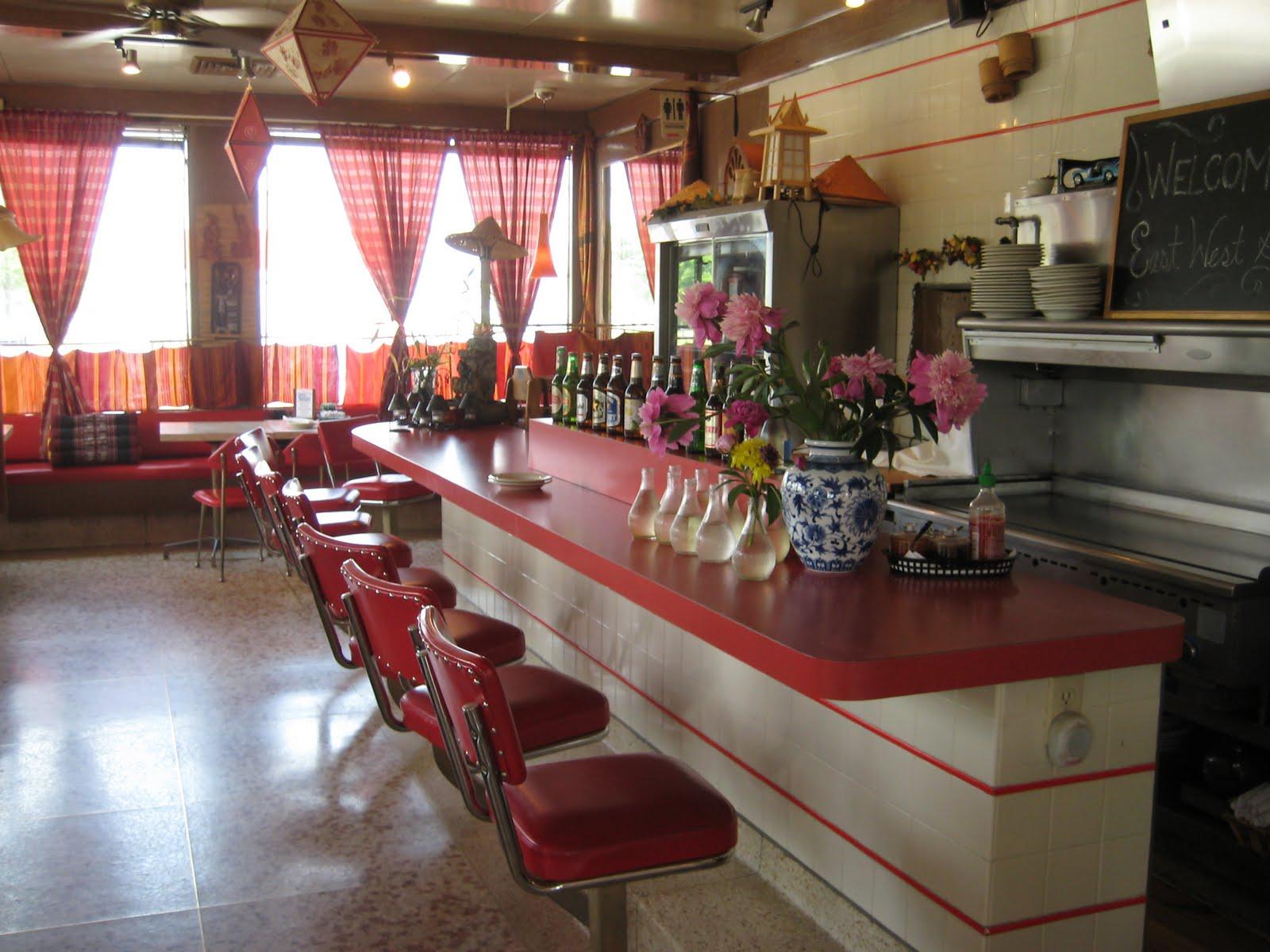 C Dianne Zweig Kitsch N Stuff East West Grille In West