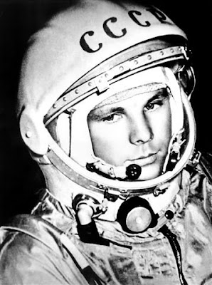 yuri gagarin and neil armstrong - photo #35