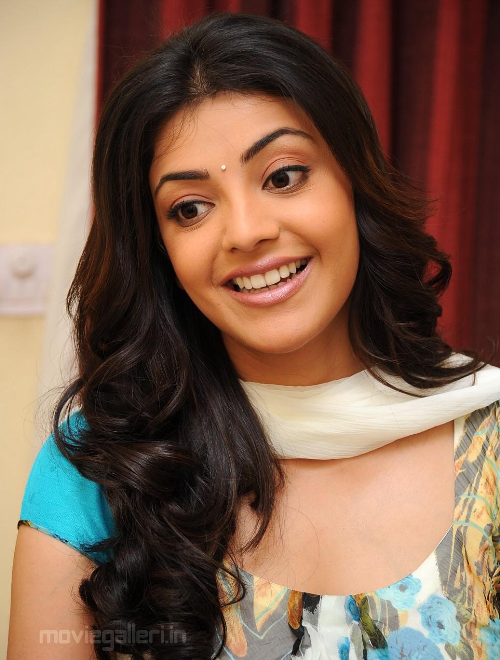 Kajal Agarwal Cute Pics - Babe - Reruscocom-7681