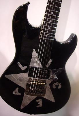 namm 2010 jerry cantrell s g l rampages i heart guitar. Black Bedroom Furniture Sets. Home Design Ideas