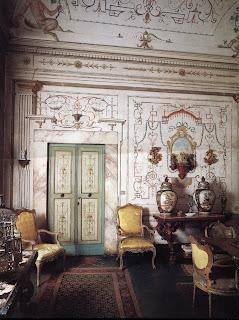 Surface fragments antiques in italian interiors for Blog interior design italia