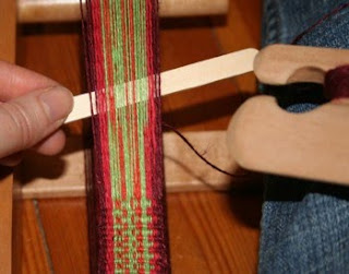 Dot S Fibre To Fabric Linen Yarns And Inkle Weaving