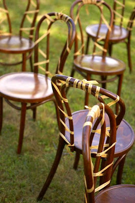 organic wedding decor inspirations via belle vivir blog