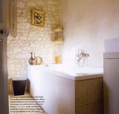 mosaic tiles floor shower decor in bathroom