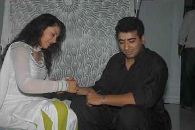 hansika motwani raksha bandhan picture