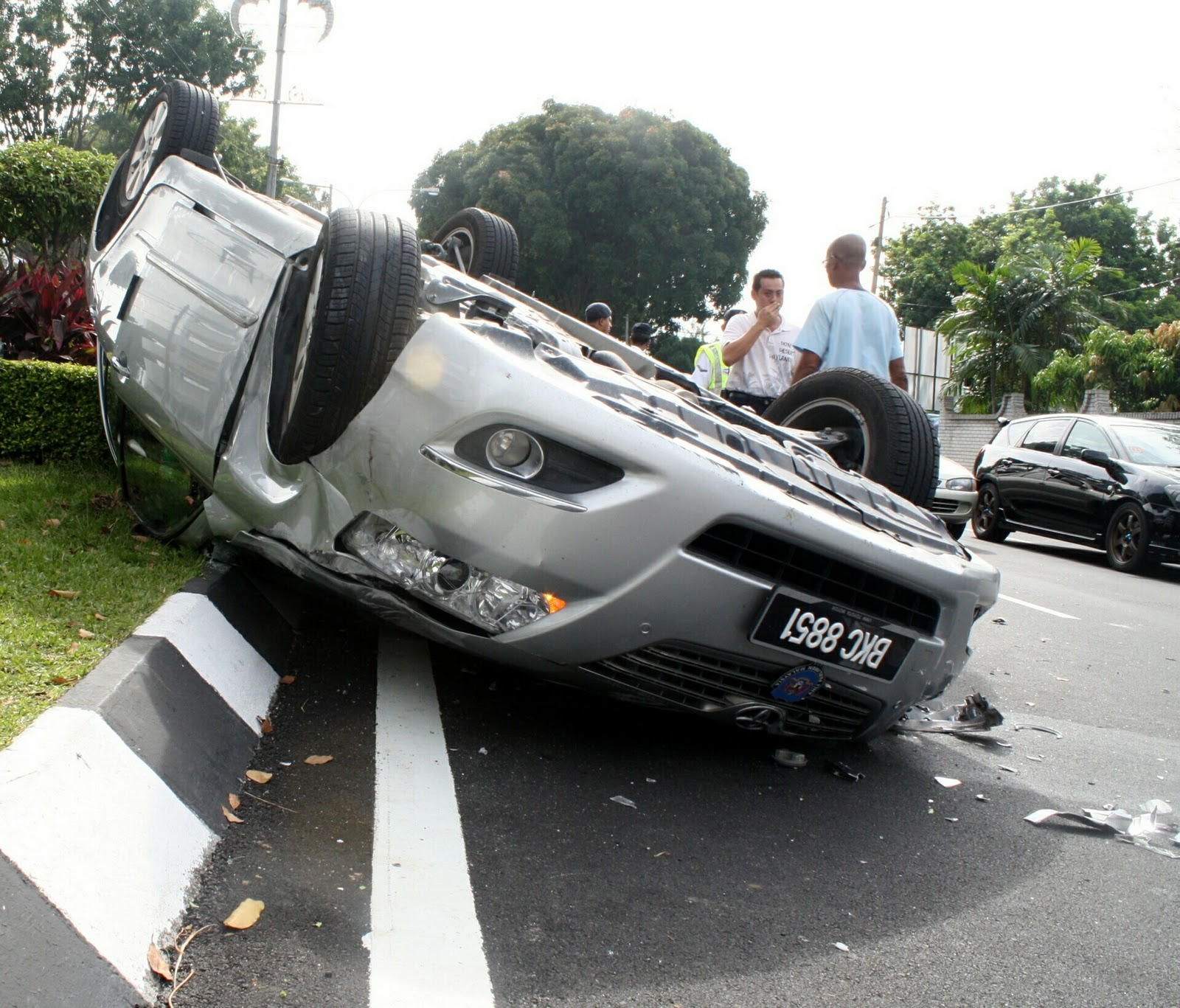 RoAd AcciDEnTS IN MaLaysia: Introduction