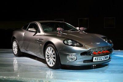 the world of cars james bond 39 s 2003 aston martin v12 vanquish. Black Bedroom Furniture Sets. Home Design Ideas
