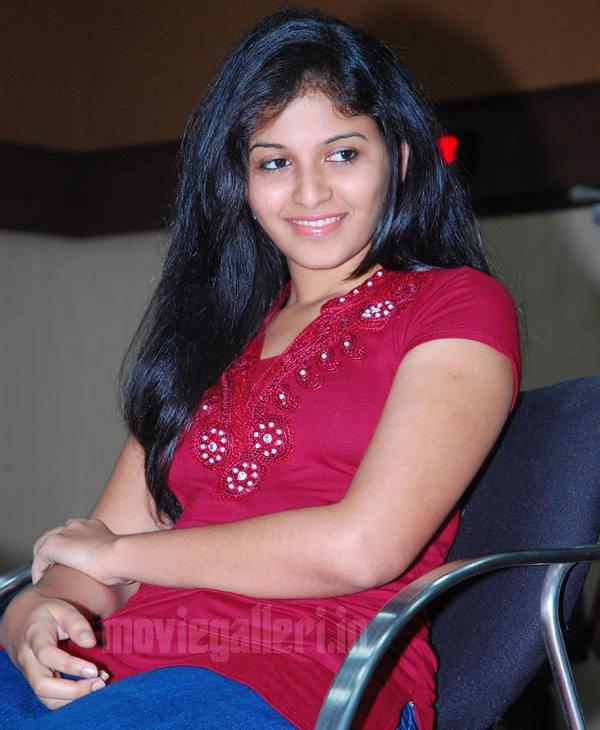 Celluloid Tamil: Malayalam Movie Payans Herone Anjali