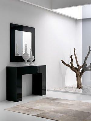 54 ideas para recibidores o hall de entrada con estilos for Objetos decorativos minimalistas