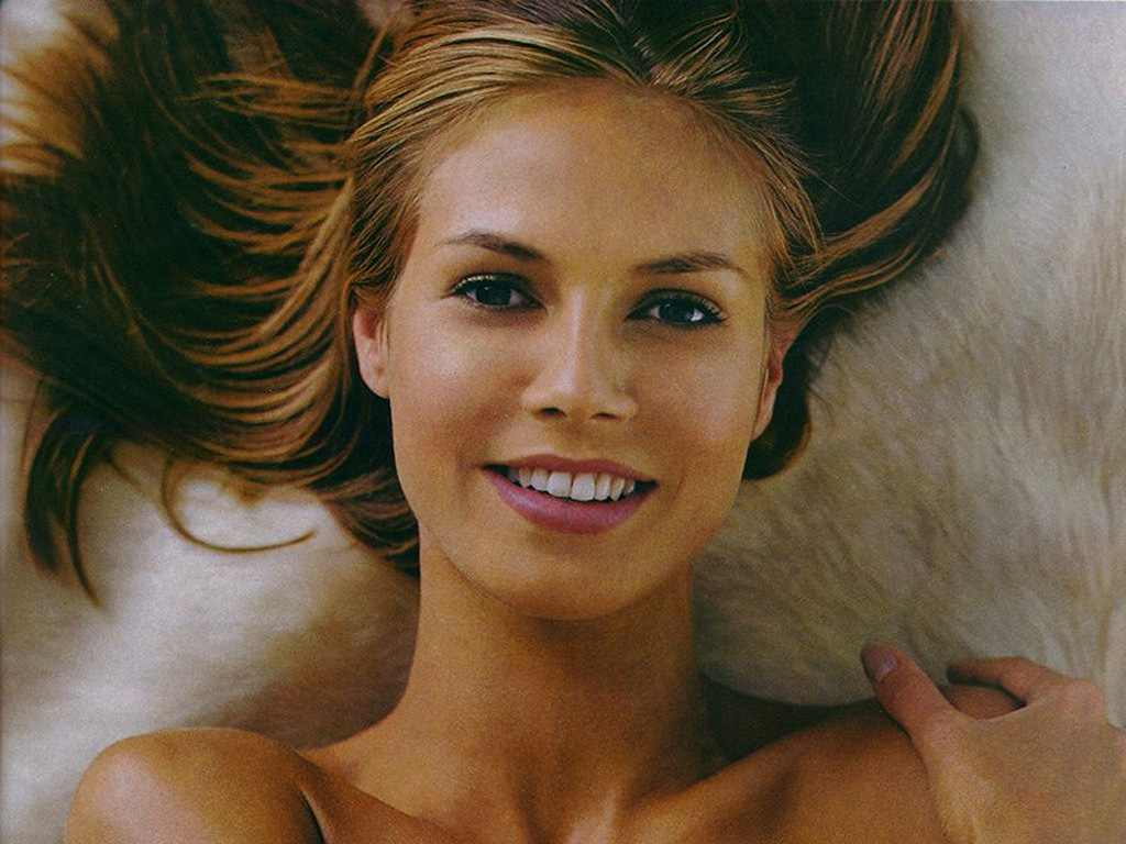 Heidi Klum: Celebrity SPICE: Heidi Klum: Turn Off Glamour