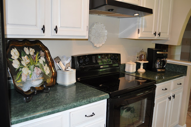 Hammered Black Spray Paint For Kitchen Knobs And Hinges