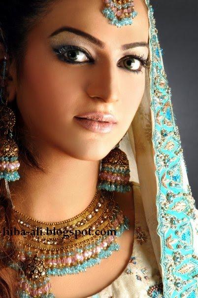 Pakistani Television Captures And Hot Models Hiba Ali Bribal Wear-8954